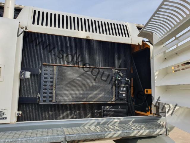 JCB JS300LC-T4 track excavator 2015 (18) (Klein)