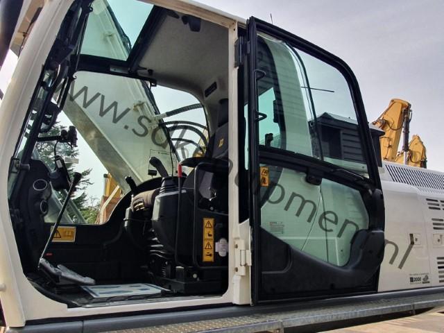 JCB JS300LC-T4 track excavator 2015 (8) (Klein)
