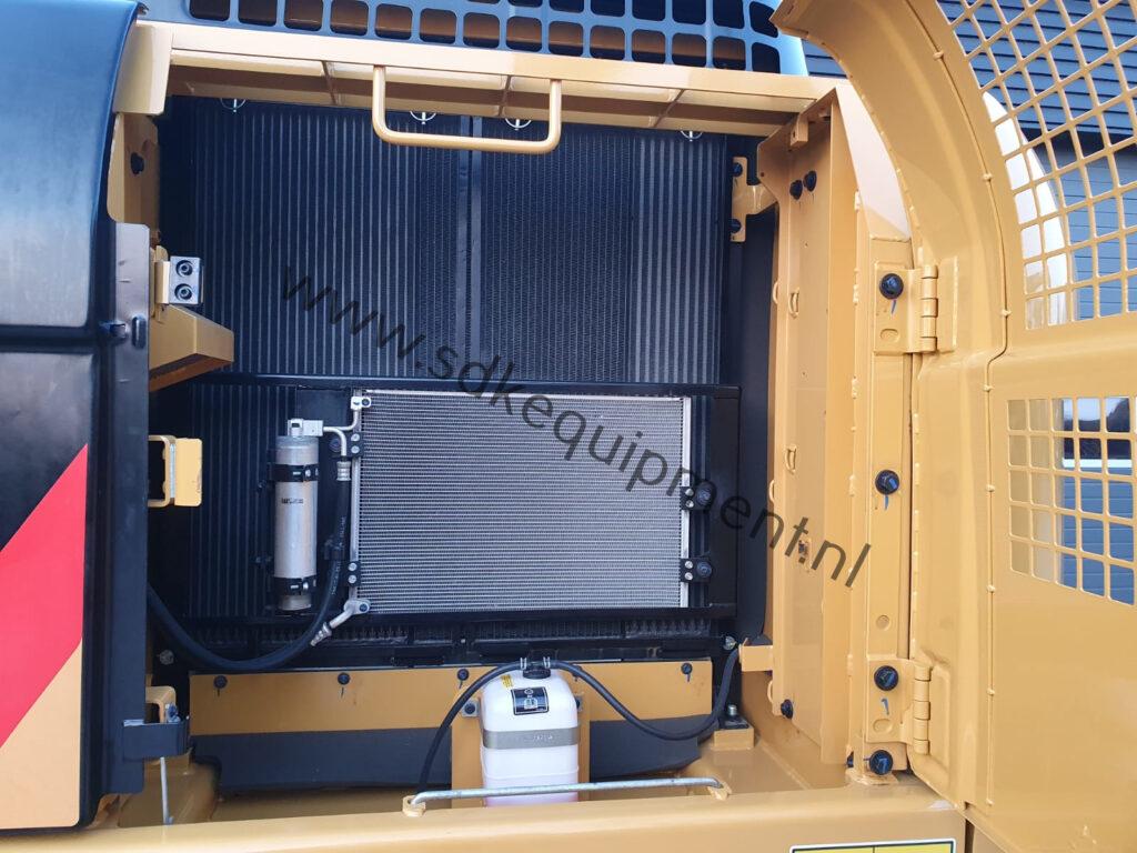 CAT 323D3 SDKequipment (1)