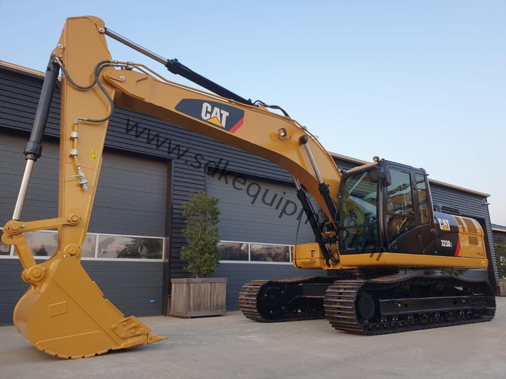 CAT 323D3 SDKequipment (11)