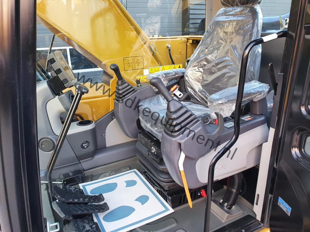 CAT 323D3 SDKequipment (3)