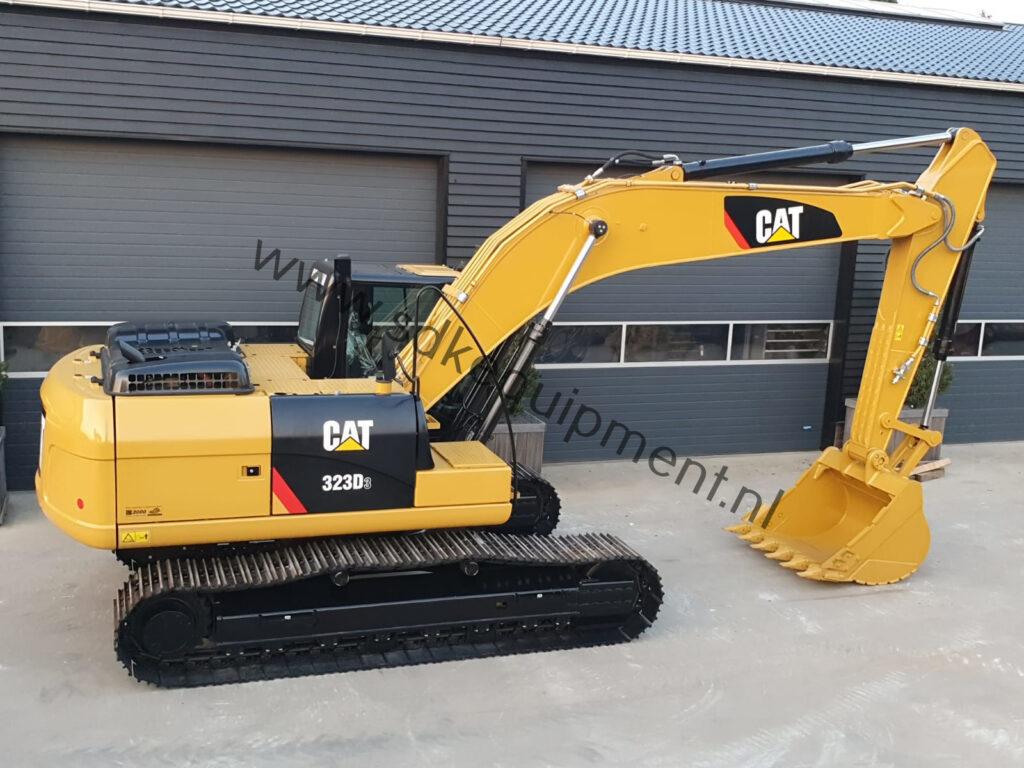 CAT 323D3 SDKequipment (39)