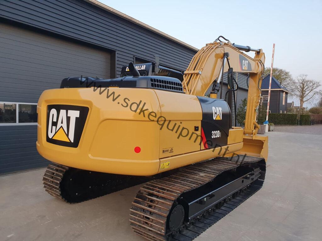 CAT 323D3 SDKequipment (43)