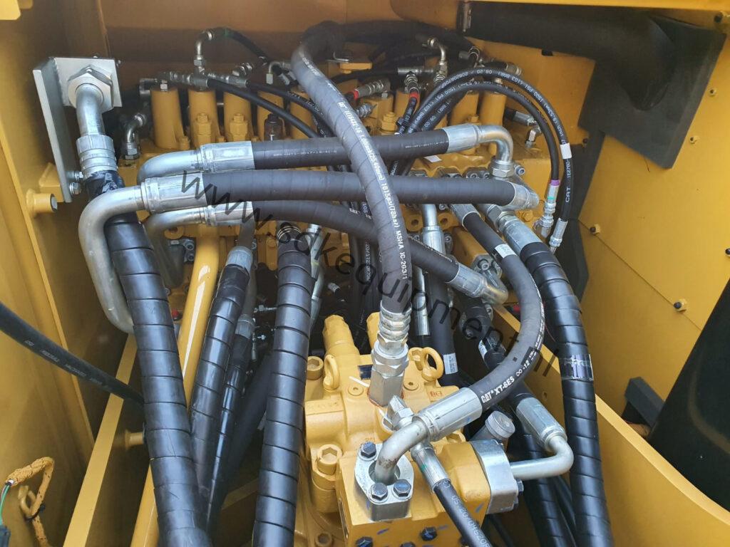CAT 323D3 SDKequipment (55)